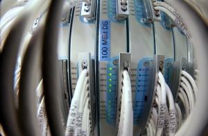 Einer der lokalen Vermittlungsknoten, ein so genanntes Cable Modem Termination System (CMTS), das bereits für DOCSIS 3.0 vorbereitet ist.