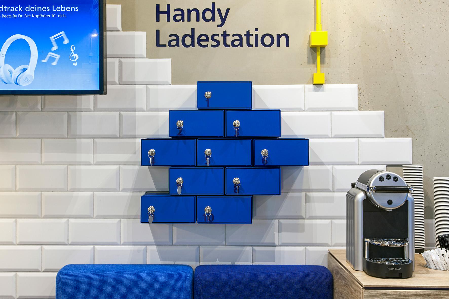 handy ladestation im o2 shop handy dsl tarif info. Black Bedroom Furniture Sets. Home Design Ideas